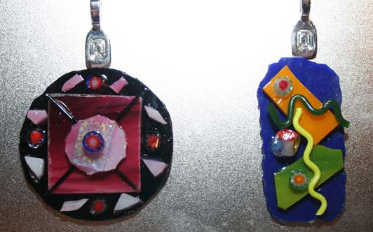Make beautiful fused-glass pieces during our drop in fused-glass workshops or host a private glass jewelry-making party.